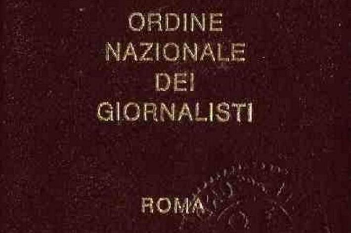 Italian journalistsburn your draft card do it yourself liberalization italian journalistsburn your draft card do it yourself liberalization solutioingenieria Choice Image