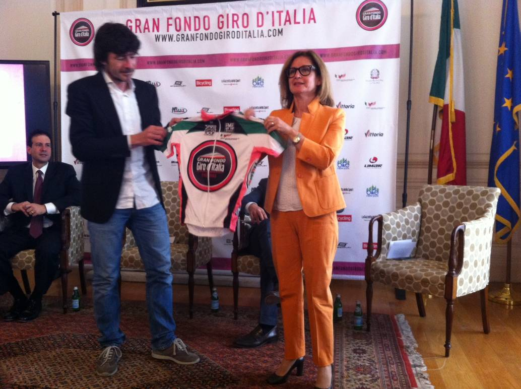 Whole Towns For Sale Giro D Italia Comes To The Consulate