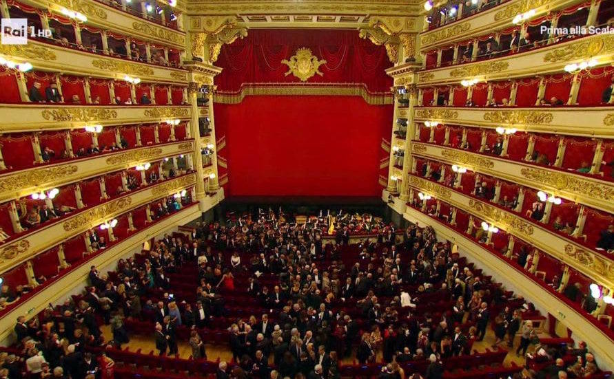 Applause Fills La Scala S Opening Night
